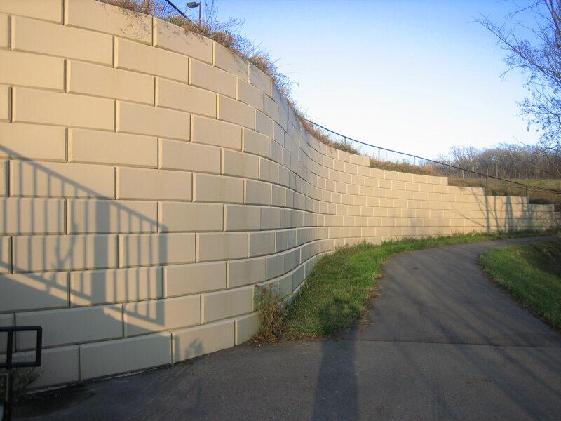 Big Block Retaining Walls 9