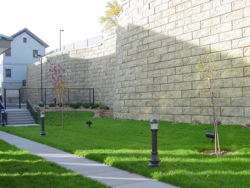 Precast Retaining Wall Block 24